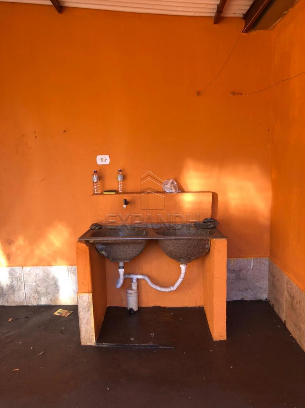 Alugar Casas / Padrão em Sertãozinho R$ 600,00 - Foto 6