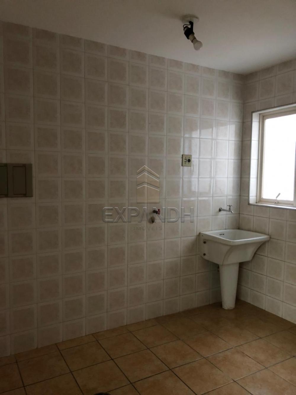 Alugar Apartamentos / Padrão em Sertãozinho R$ 900,00 - Foto 5