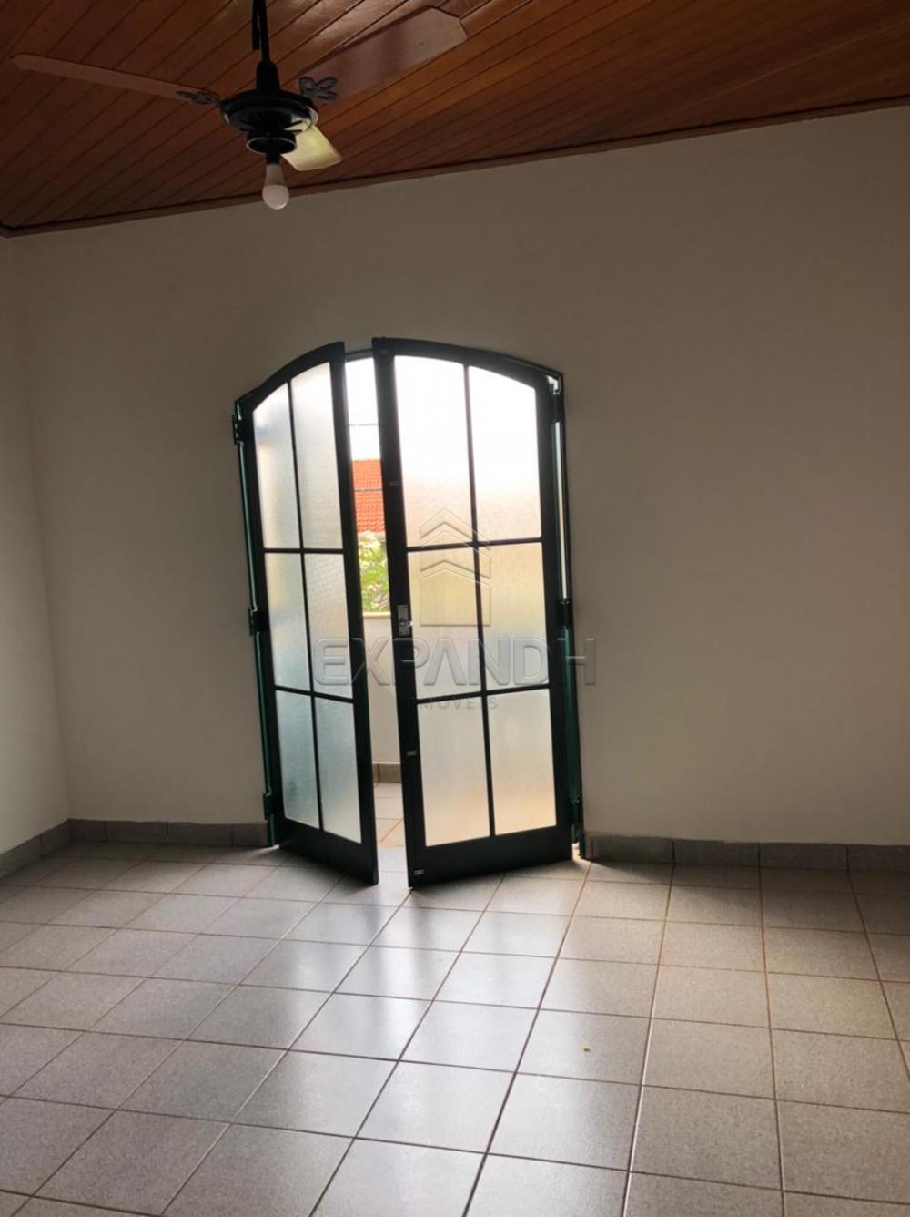 Alugar Casas / Padrão em Sertãozinho R$ 2.700,00 - Foto 16