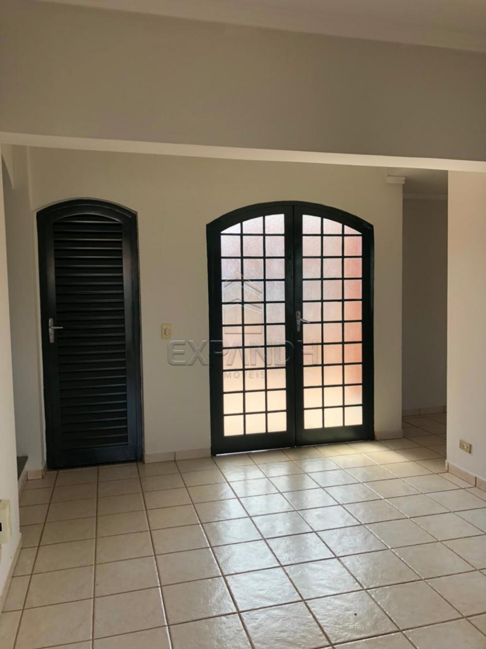 Alugar Casas / Padrão em Sertãozinho R$ 2.700,00 - Foto 5