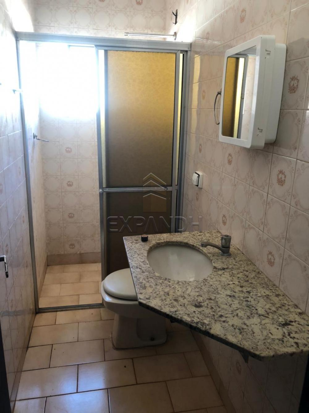 Alugar Casas / Padrão em Sertãozinho R$ 1.000,00 - Foto 12