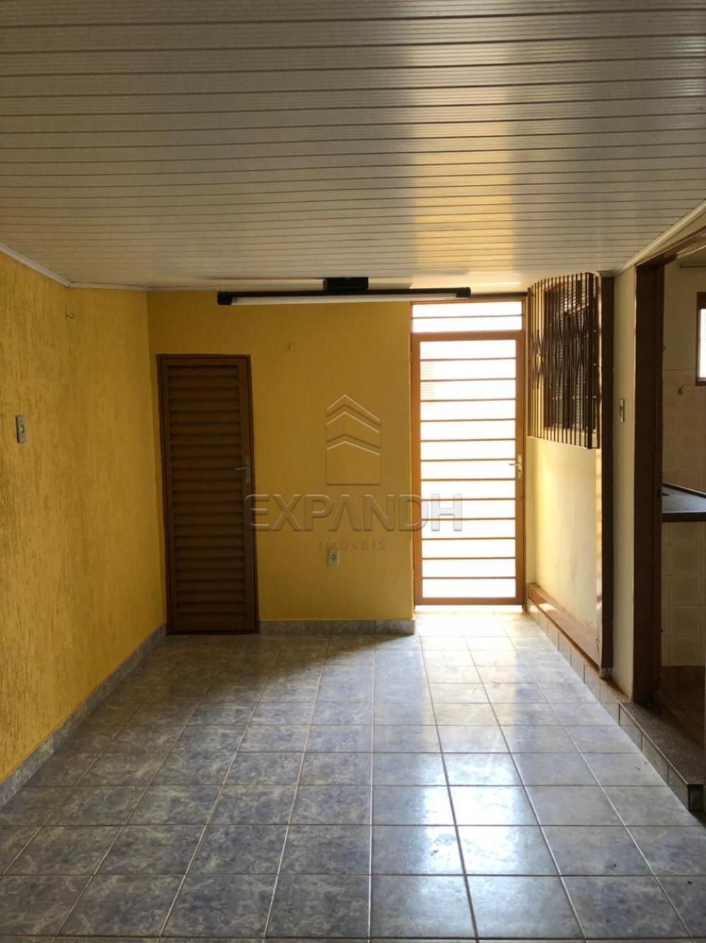 Alugar Casas / Padrão em Sertãozinho R$ 925,00 - Foto 12
