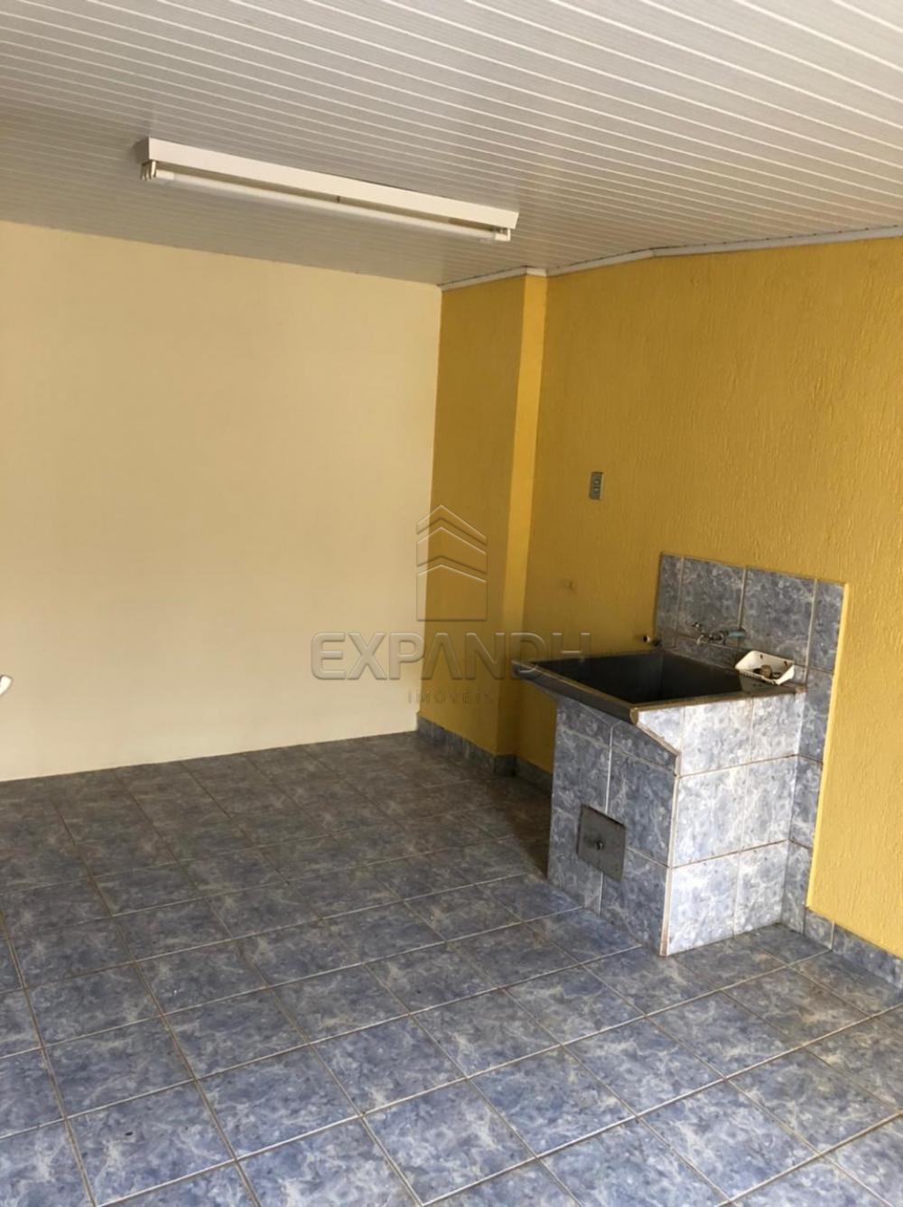 Alugar Casas / Padrão em Sertãozinho R$ 925,00 - Foto 13