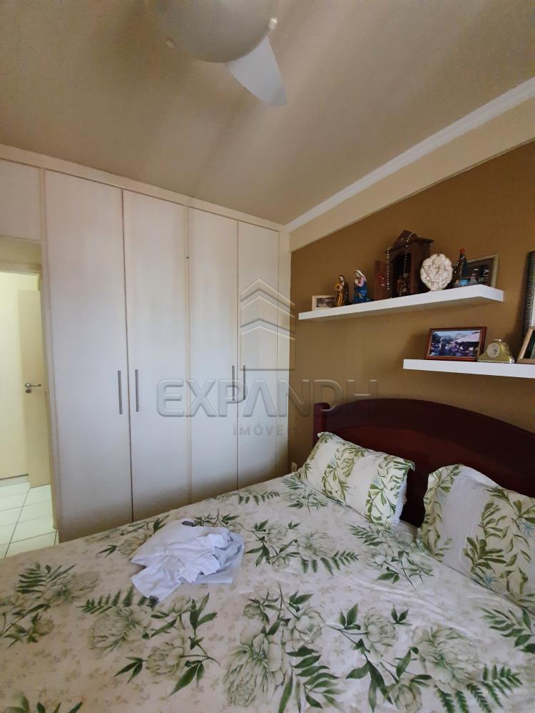 Alugar Apartamentos / Padrão em Sertãozinho R$ 1.355,00 - Foto 14