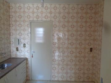 Alugar Casas / Padrão em Sertãozinho R$ 855,00 - Foto 16