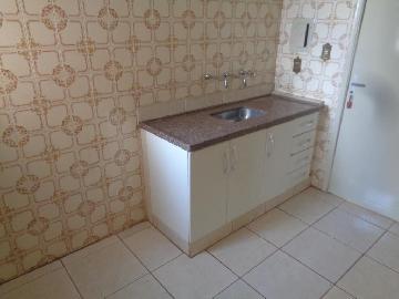 Alugar Casas / Padrão em Sertãozinho R$ 855,00 - Foto 13