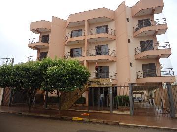 Alugar Apartamentos / Padrão em Sertãozinho. apenas R$ 300.000,00