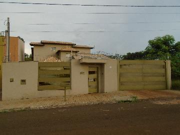 Alugar Casas / Padrão em Ribeirão Preto. apenas R$ 900.000,00