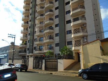 Alugar Apartamentos / Padrão em Sertãozinho. apenas R$ 1.100,00