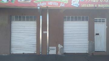 Comerciais / Salão em Sertãozinho Alugar por R$650,00