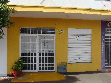 Alugar Comerciais / Salão em Pontal. apenas R$ 990,00