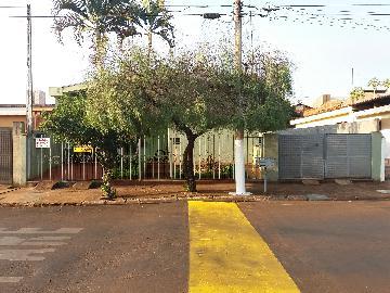 Sertaozinho Centro Casa Venda R$750.000,00 3 Dormitorios 5 Vagas Area do terreno 558.80m2