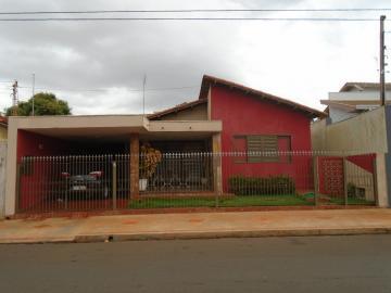 Alugar Casas / Padrão em Sertãozinho. apenas R$ 315.000,00