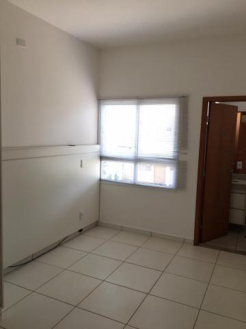 Alugar Casas / Condomínio em Sertãozinho R$ 1.200,00 - Foto 19