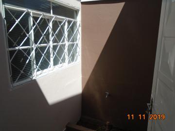 Alugar Casas / Padrão em Sertãozinho R$ 750,00 - Foto 4