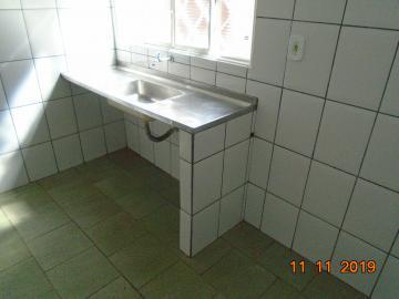 Alugar Casas / Padrão em Sertãozinho R$ 750,00 - Foto 8