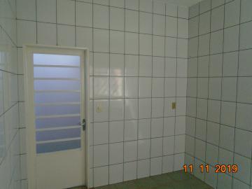 Alugar Casas / Padrão em Sertãozinho R$ 750,00 - Foto 18
