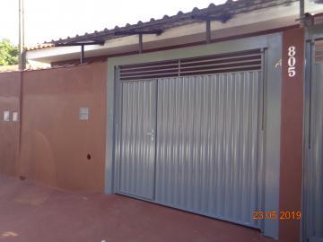 Casas / Padrão em Dumont Alugar por R$650,00