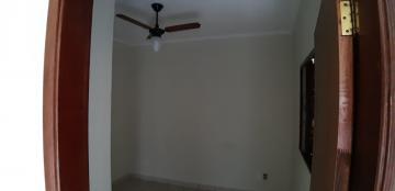 Alugar Casas / Padrão em Sertãozinho R$ 1.650,00 - Foto 28