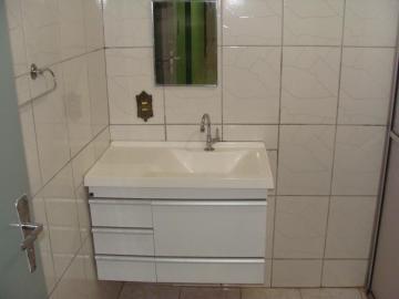 Alugar Apartamentos / Padrão em Sertãozinho R$ 800,00 - Foto 13