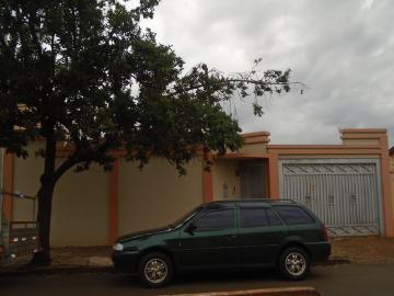 Alugar Casas / Padrão em Sertãozinho. apenas R$ 400.000,00