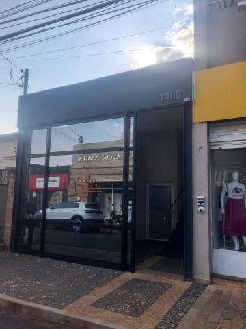 Alugar Comerciais / Sala em Sertãozinho R$ 600,00 - Foto 12