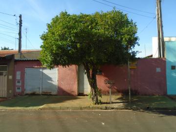 Alugar Casas / Padrão em Sertãozinho. apenas R$ 160.000,00