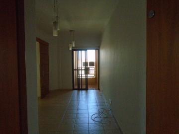 Alugar Apartamentos / Padrão em Sertãozinho R$ 1.000,00 - Foto 3