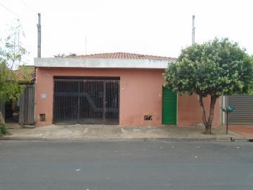 Alugar Casas / Padrão em Sertãozinho. apenas R$ 190.000,00