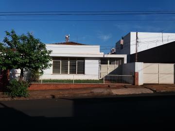 Comprar Casas / Padrão em Sertãozinho R$ 950.000,00 - Foto 2