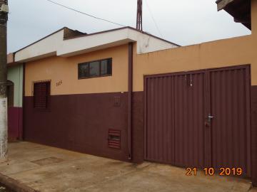 Casas / Padrão em Sertãozinho Alugar por R$795,00