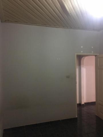 Alugar Casas / Padrão em Sertãozinho R$ 700,00 - Foto 9