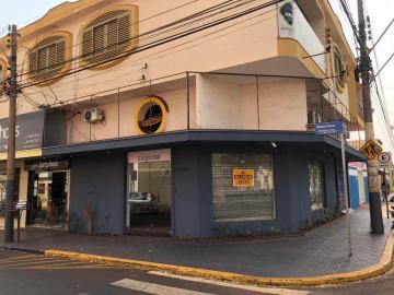 Alugar Comerciais / Salão em Sertãozinho. apenas R$ 3.000,00