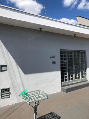 Alugar Comerciais / Salão em Sertãozinho. apenas R$ 600,00