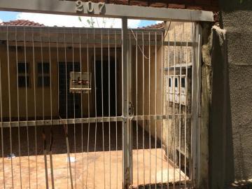 Alugar Apartamentos / Kitchnet em Sertãozinho. apenas R$ 853,00