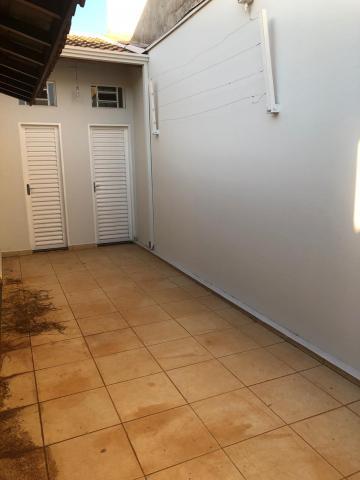 Alugar Casas / Padrão em Sertãozinho R$ 1.250,00 - Foto 27