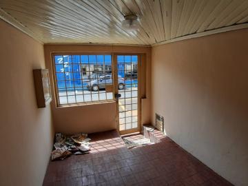 Alugar Casas / Padrão em Sertãozinho R$ 835,00 - Foto 3