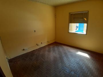 Alugar Casas / Padrão em Sertãozinho R$ 835,00 - Foto 8
