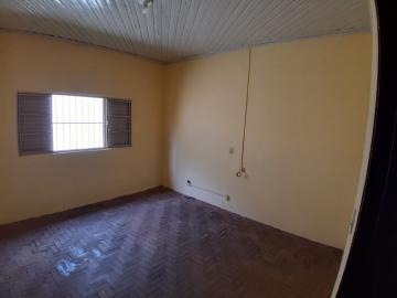 Alugar Casas / Padrão em Sertãozinho R$ 835,00 - Foto 11