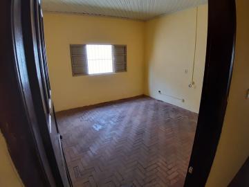 Alugar Casas / Padrão em Sertãozinho R$ 835,00 - Foto 10