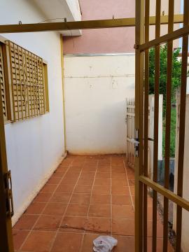 Alugar Casas / Padrão em Sertãozinho R$ 1.400,00 - Foto 24