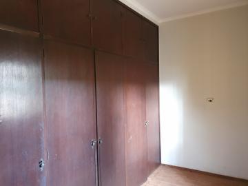 Alugar Casas / Padrão em Sertãozinho R$ 1.400,00 - Foto 11