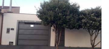 Alugar Casas / Padrão em Sertãozinho. apenas R$ 230.000,00