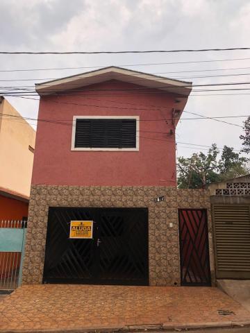 Casas / Padrão em Sertãozinho Alugar por R$1.000,00