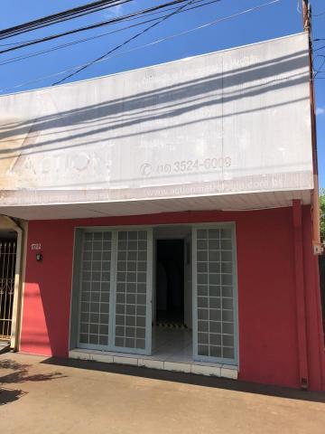 Comerciais / Salão em Sertãozinho Alugar por R$900,00
