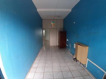 Alugar Casas / Padrão em Sertãozinho R$ 900,00 - Foto 2