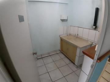 Alugar Casas / Padrão em Sertãozinho R$ 900,00 - Foto 13