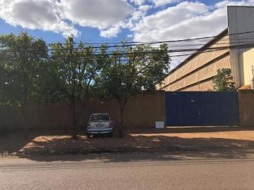 Alugar Terrenos / Padrão em Sertãozinho. apenas R$ 1.700,00