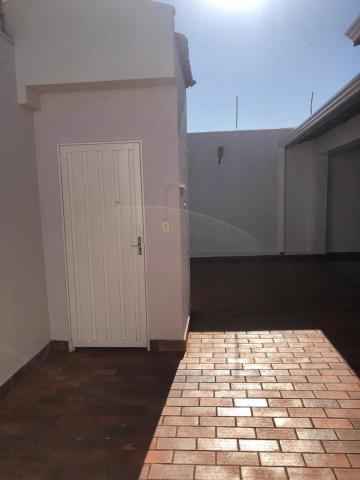 Alugar Casas / Padrão em Sertãozinho R$ 1.300,00 - Foto 3