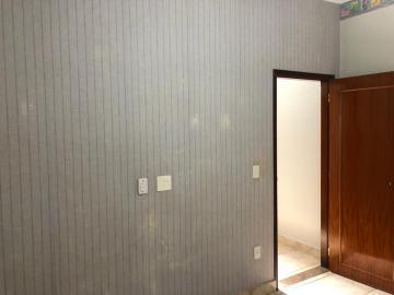 Alugar Casas / Padrão em Sertãozinho R$ 1.300,00 - Foto 16